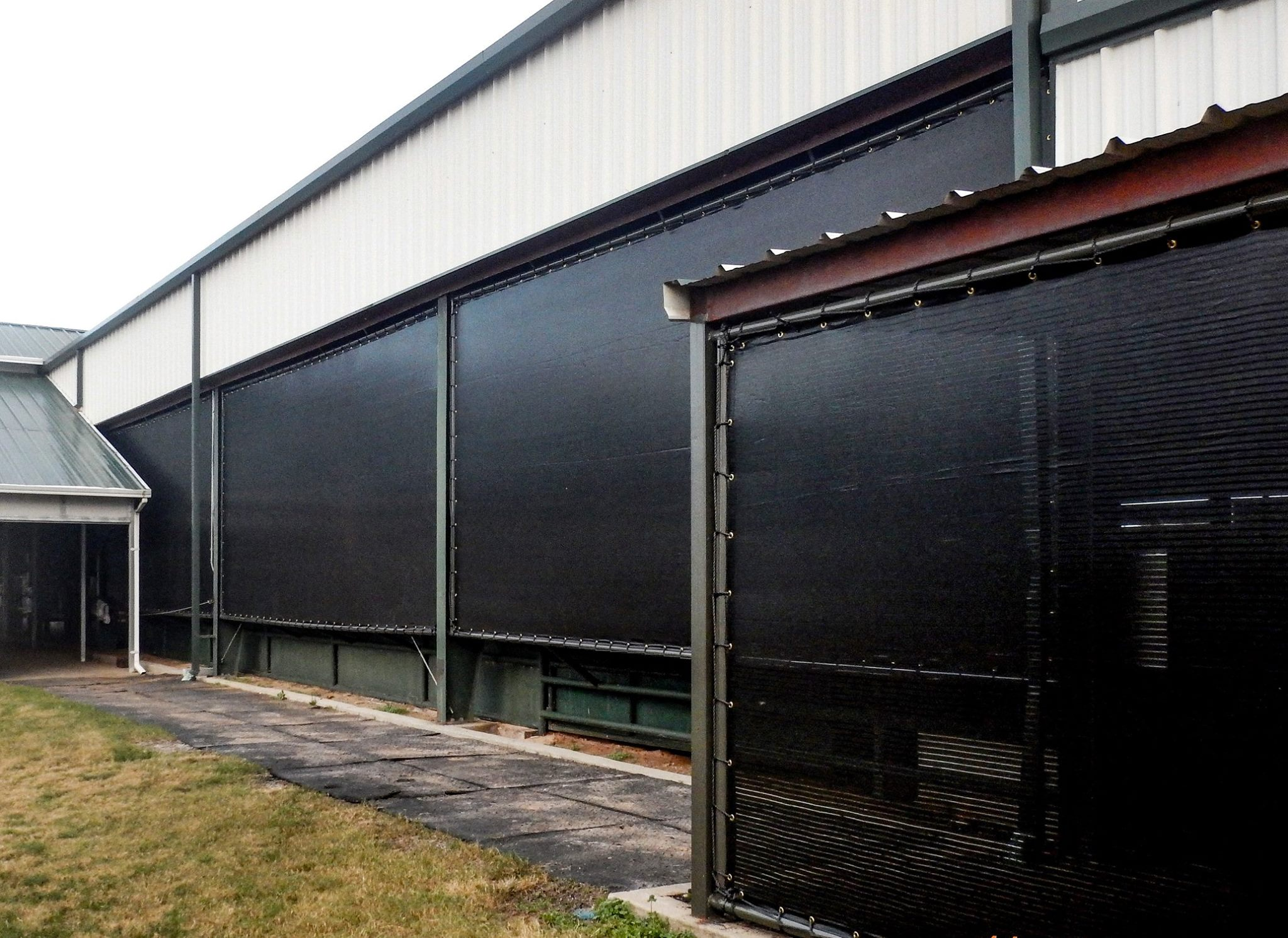 long-lasting windscreens for agrigcultural use